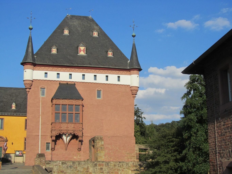 Schloss Burgau Erker